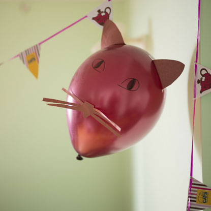 Cat face balloon instructions