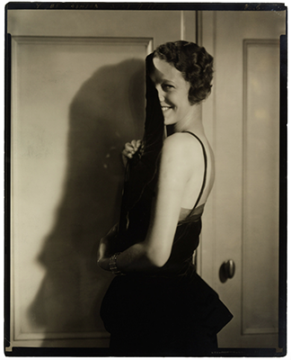 http://kvetchlandia.tumblr.com/post/143777354768/edward-steichen-gertrude-lawrence-1928