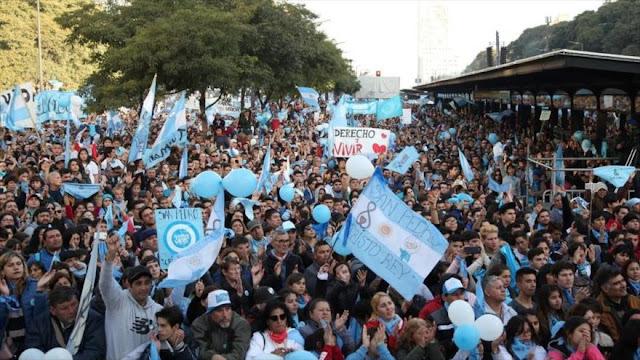 Protestan en Argentina contra proyecto de legalización de aborto