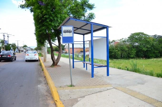Prefeitura de Cachoeirinha instala 20 novas paradas de ônibus