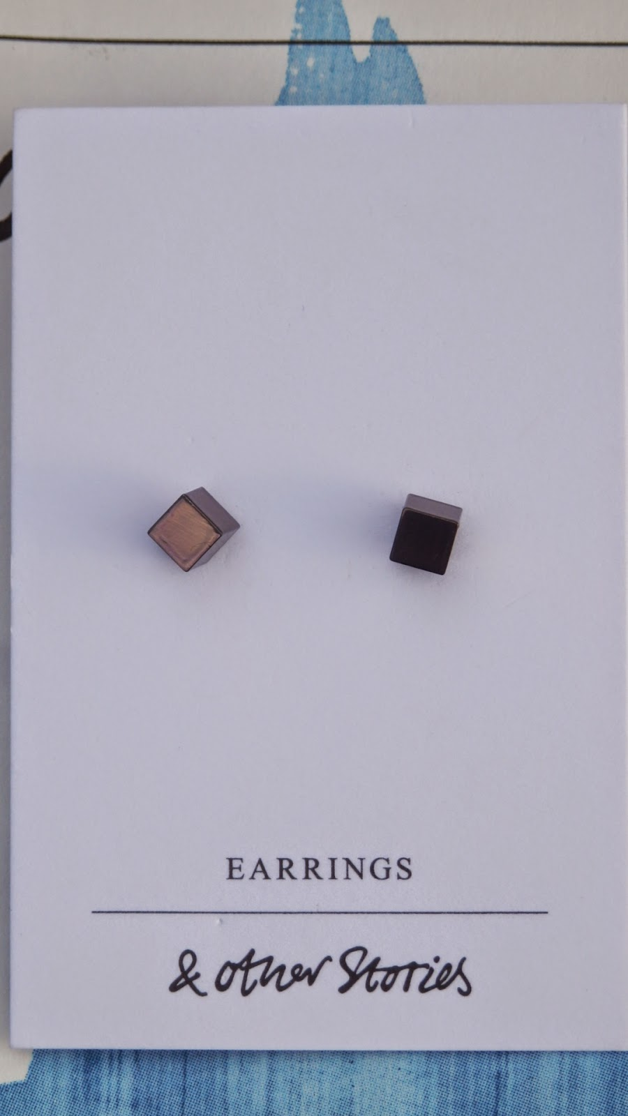 & Other Stories bronze/copper cube earrings