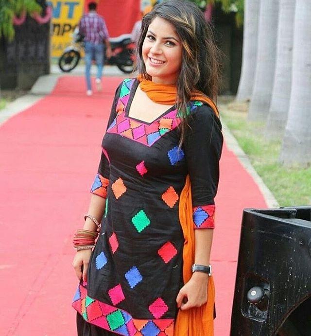 Shehnaz Kaur hot in black dress