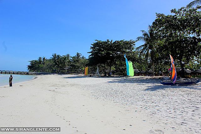 Malamawi white beach
