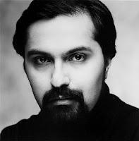 Fotografía promocional de Amin Bhatia para el sello Capitol/Cinema Records