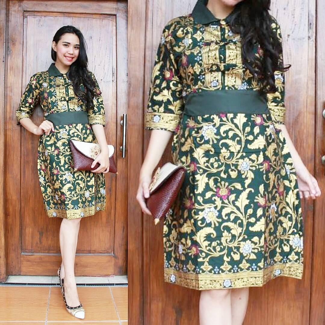 Fashion Tren Model Baju Batik Wanita Untuk Pesta Pernikahan