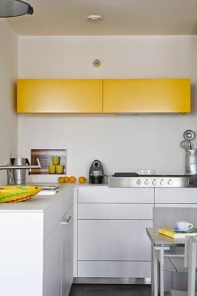 Muebles de cocina en dos colores for Muebles de cocina amarillos