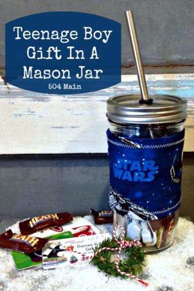 Teenage Boy Gift In A Mason Jar. Foto: 504main
