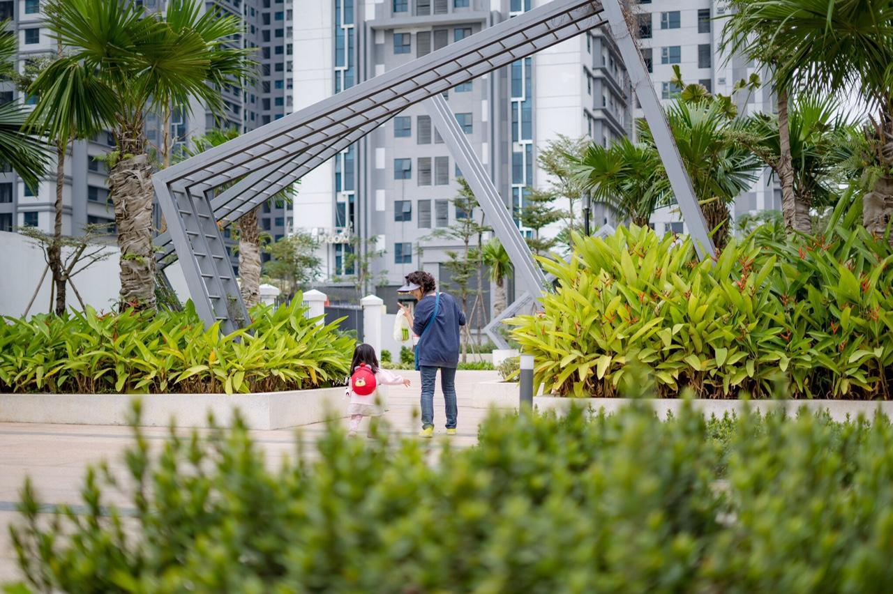 Vườn hoa cầu vồng dự án TNR Goldmark City