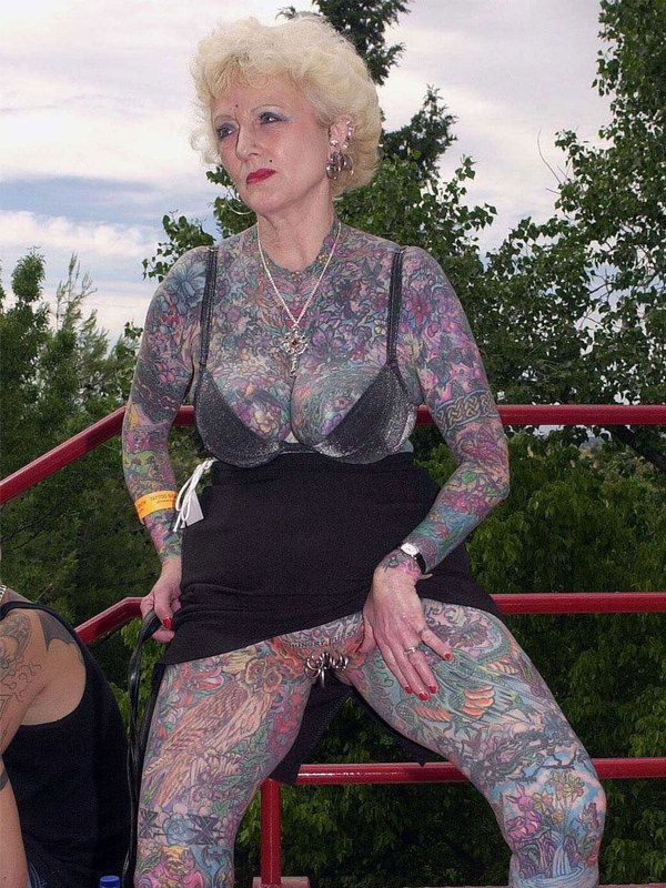 She was the most tattooed mature woman of the world