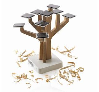 Interesante cargador solar para teléfonos móviles.