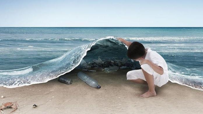 La plastica sta uccidendo le balene
