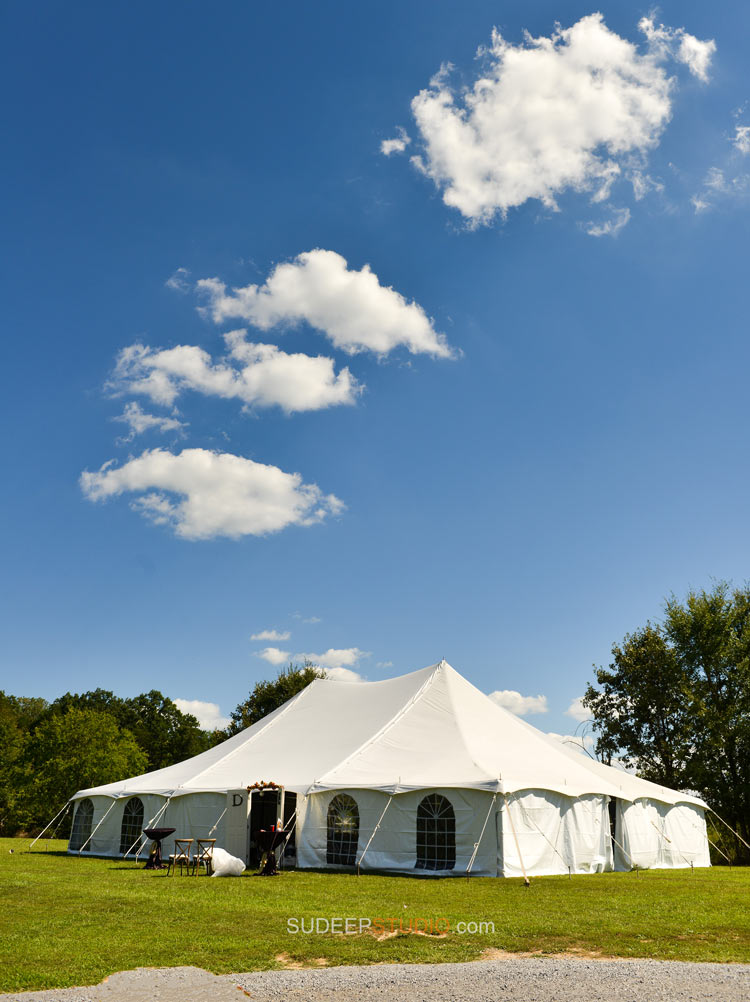 Countryside Farm Wedding in Tent Rustic Wedding Photography - Sudeep Studio.com Ann Arbor Photographer