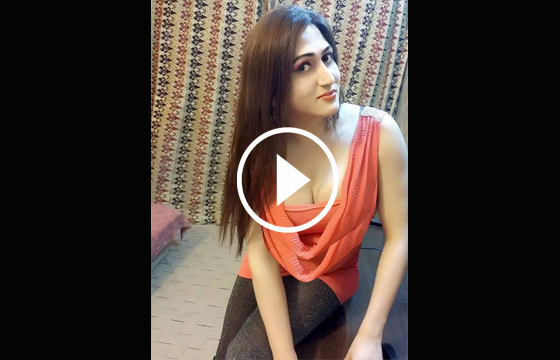 http://combodian786.blogspot.in/2015/12/indian-lady-make-her-own-video.html