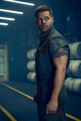 Wes Chatham in The Expanse Season 2 (47)