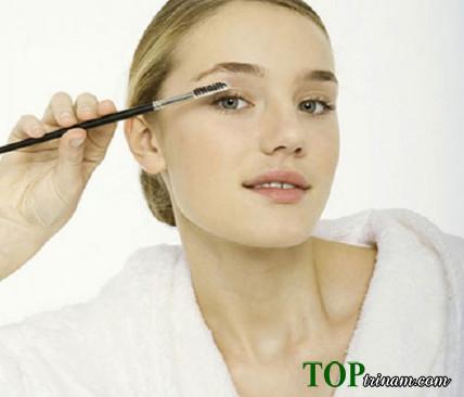 Cách làm dài lông mi bằng dầu ô liu cực nhanh