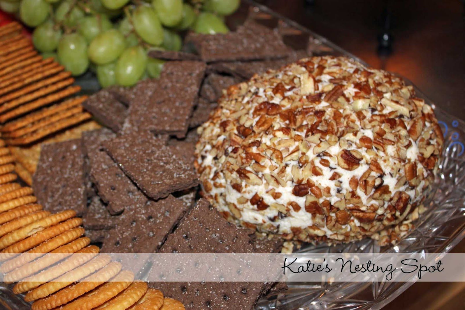 Katie's Nesting Spot: Chocolate Chip Cheese Ball