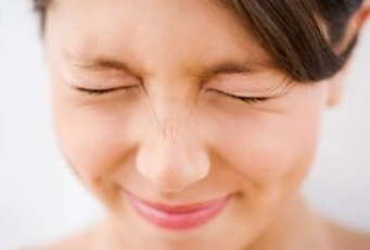 पलक झपकाने से जाने दूसरों का स्वभाव