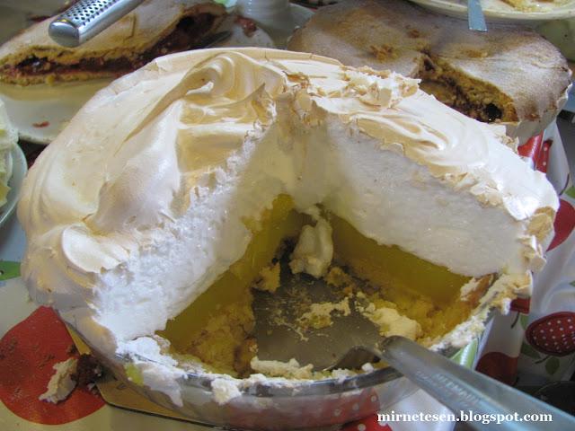 Ирландские десерты - лимонный торт с меренгой