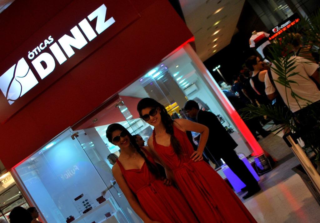 00be6d9151468 Ótica Diniz abre loja no shopping Conjunto Nacional em Brasília ...