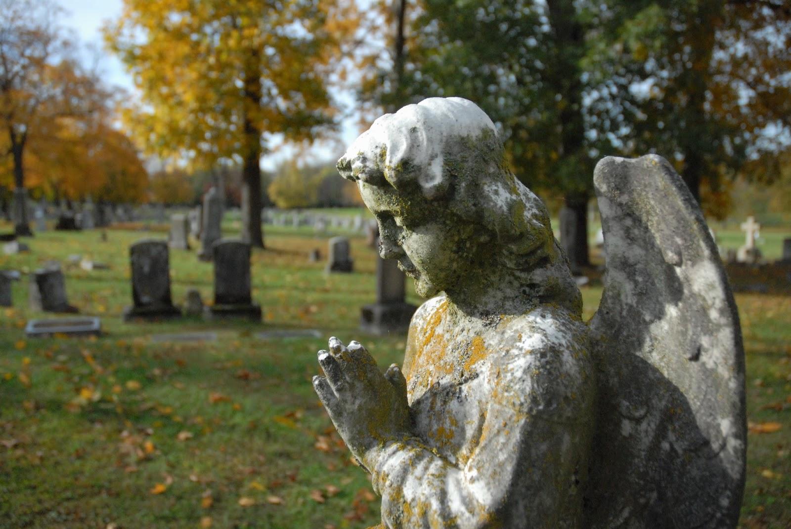 will u meet me in the graveyard