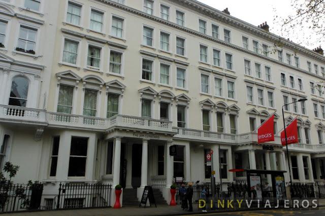 Hotel Rydges Kensington. Fachada
