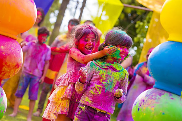 romantic happy holi images