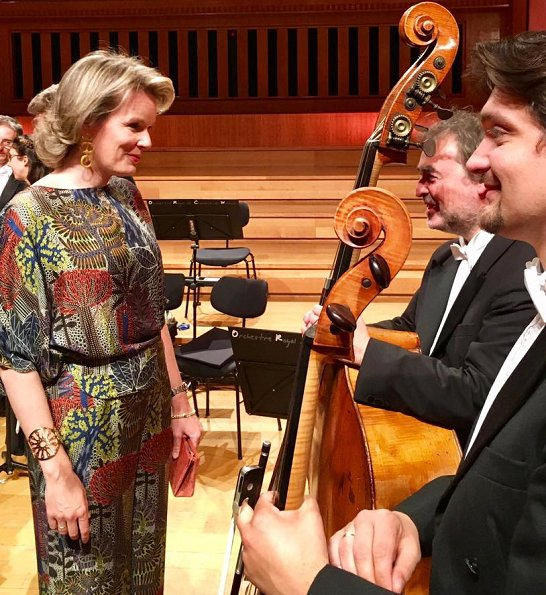 Queen Mathilde attended the last semi final session of the Queen Elisabeth Cello Competition 2017. Queen Mathilde wore Dries Van Noten  top and pants