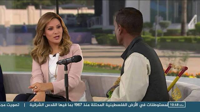 محمد النصري يغني في قناه الجزيره القطريه ((رباه كفكف دمعتي))