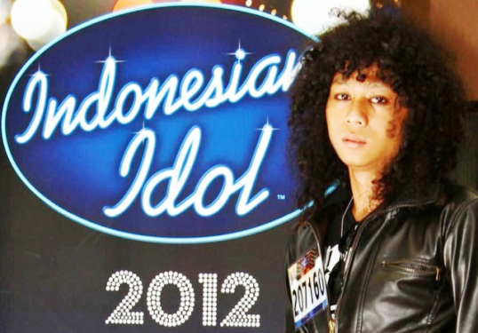 Video Yoda When I See You Smile Indonesian Idol 18 Mei 2012 YouTube