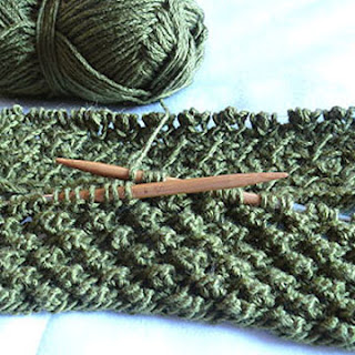 Budding Infinity Scarf wip - Purl Avenue