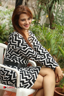 Actress Saloni Latest Pos in Short Dress  0216.JPG