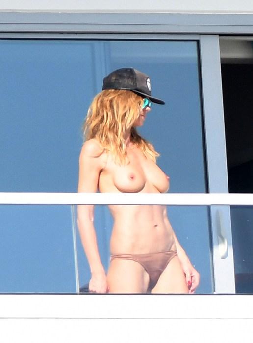Heidi Klum breast