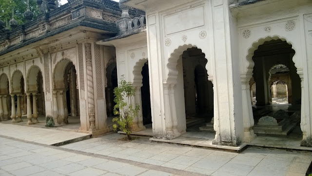Take a look at the paigah tombs walls
