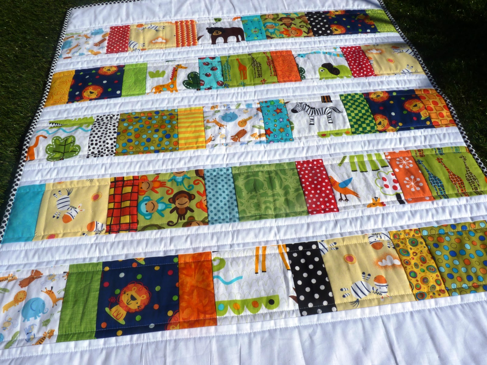 Little Guinea Pigs Scrappy Zoo Baby Quilt