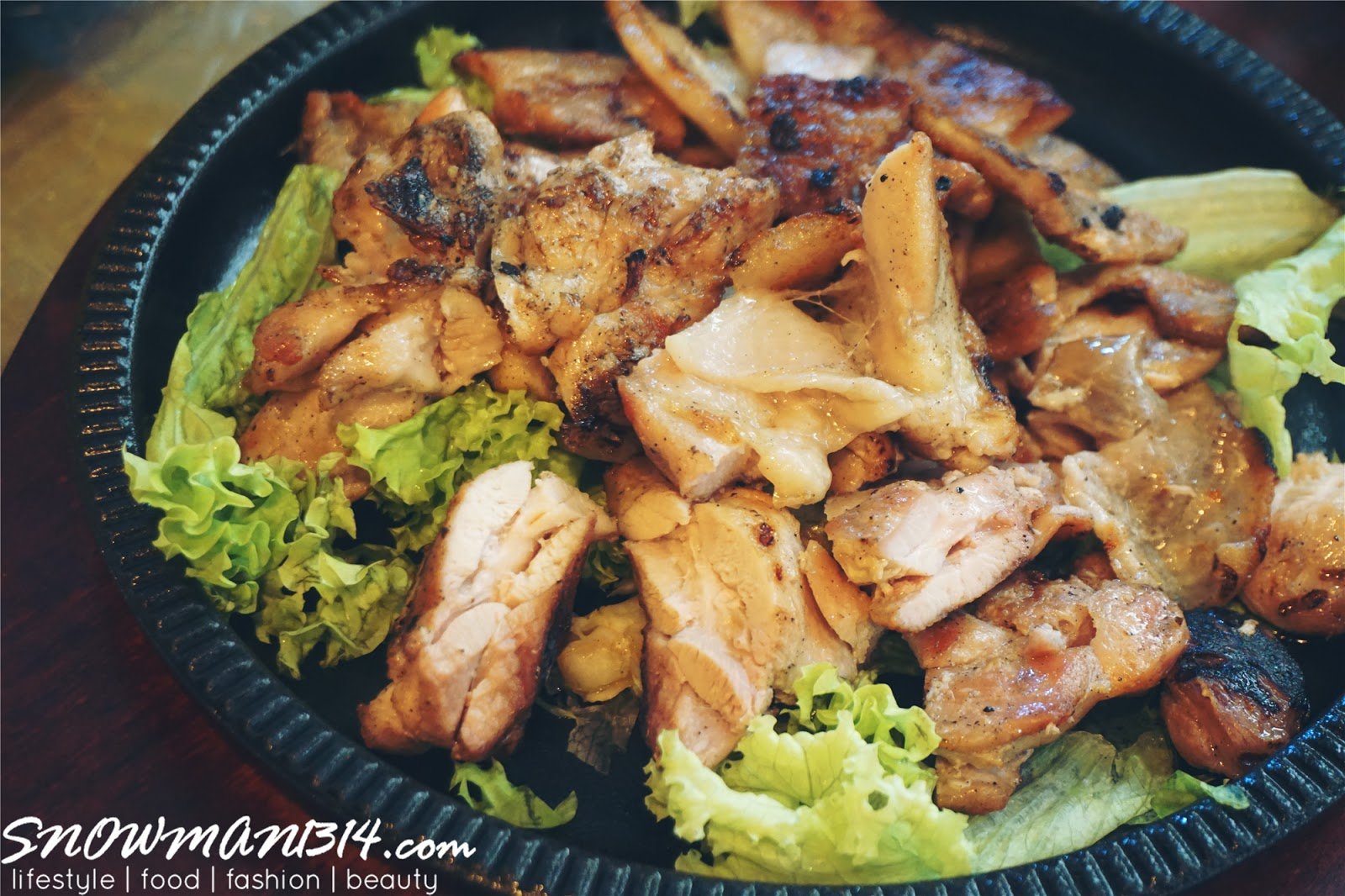 I Know Some Of You Guys Might Dislike The Smoke Bbq Smell All Over Your Clothes After Dining In Korean Bbq However In Korean Bbq House All Their Bbq Pork