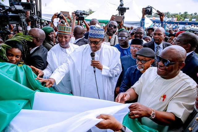 Buhari-commisons-ph-international-airpot-in-rivers-state