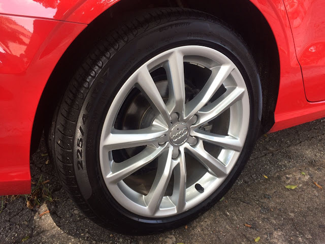 Audi A3 Sedan 1.8 TFSI Ambition 2016: fotos, informações e consumo