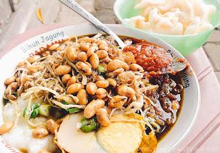 Food Blogger Bubur Ayam Pare