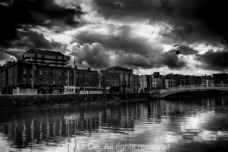River Liffey Ha'penny bridge Dublin Ireland