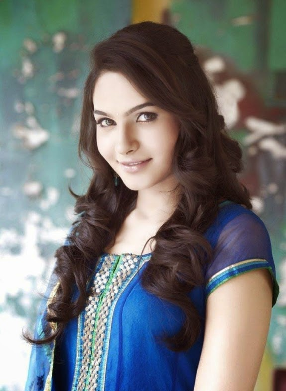 Coogled Actress Andrea Jeremiah Hd Picture Collections-7096