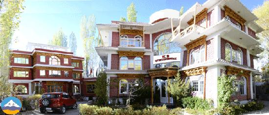Hotel K2 Continental Ladakh is a majestic property to sojourn.