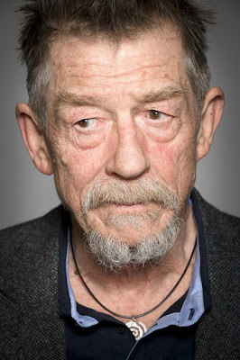 Hollywood legend & Harry Porter actor John Hurt dies at 77
