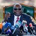 Mugabe reaparece un día antes de la jornada electoral en Zimbabue