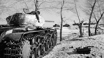 cuaca dingin 1941 di Sovyet menyebabkan tank Jerman mogok