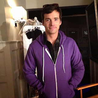 Ian Harding (Ezra) cried on last day filming Pretty Little Liars show