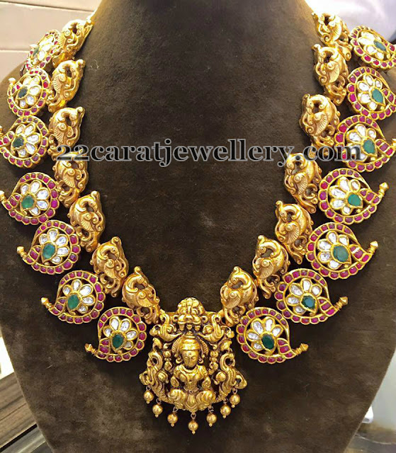 Exquisite Peacock Nakshi Necklace