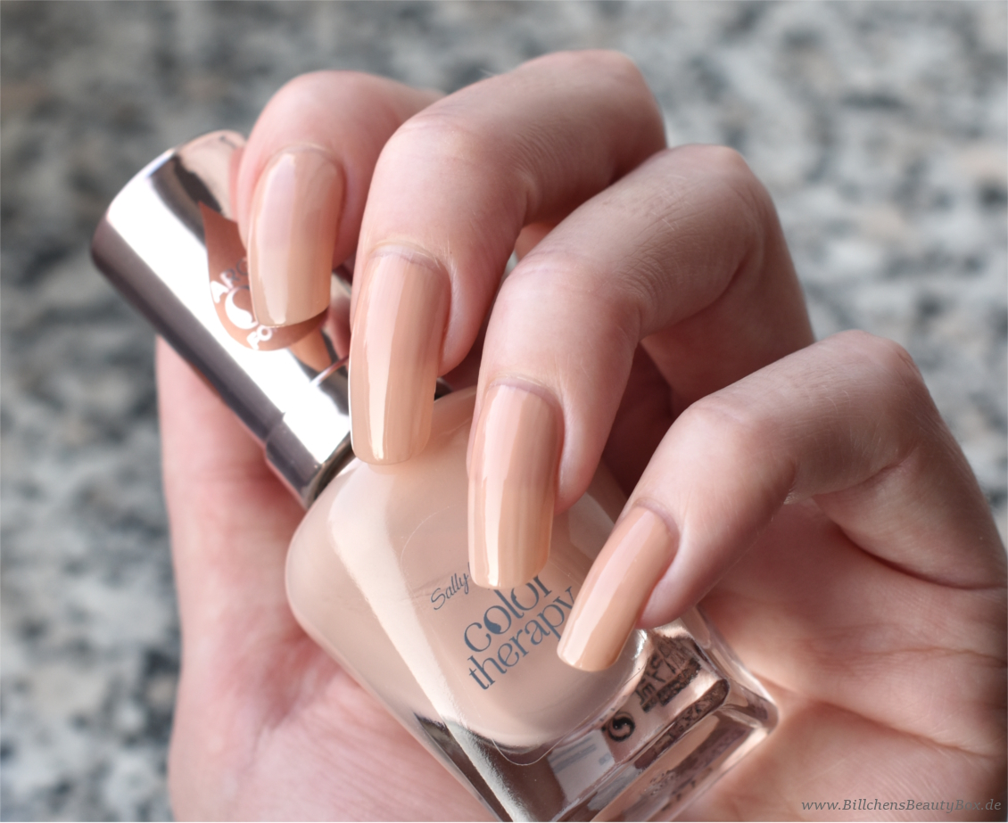 Sally Hansen - Color Therapy - Re-Nude - Swatch & Tragebild