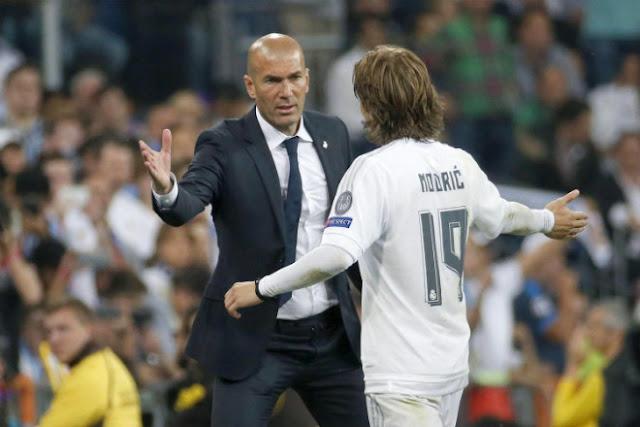 Tin HOT bóng đá sáng 29/1: Sa thải Zidane là điên rồ