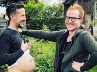 Tak Disangka, Seorang Pria Transgender Menantikan Kelahiran Bayinya