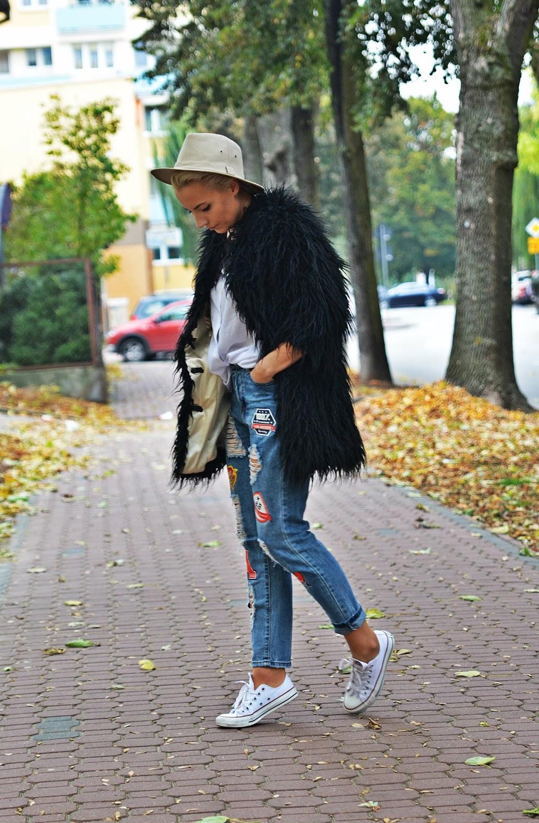 spodnie_z_naszywkami_blogerka_karyn_pulawy_futerko_czarne_2812164